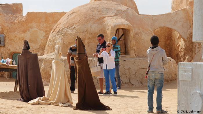 Tunisians Restore Star Wars Film Sets To Draw Tourists Film Dw 14 08 2017