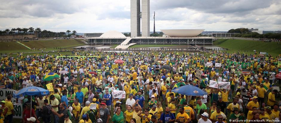 Protesto pró-impeachment em Brasília, em dezembro de 2015