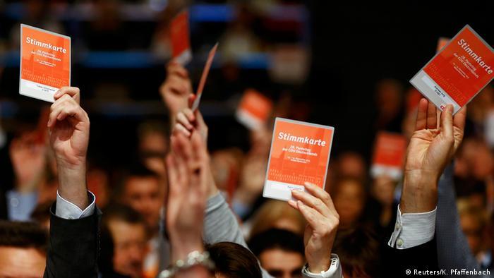 Deutschland CDU Parteitag - Abstimmung Flüchtlingspolitik