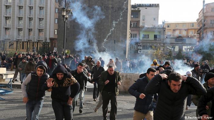 Enfrentamientos en Diyarbakir.