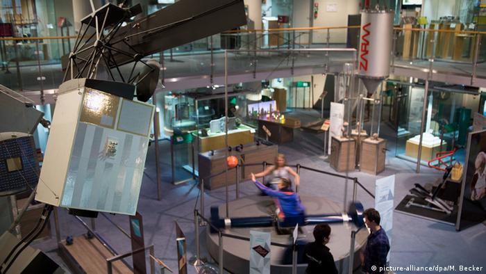 Ausstellungsraum in Deutschen Museum in Bonn, Foto: dpa