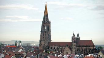 Freiburger Münster ohne Gerüst