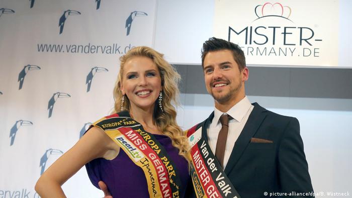 Deutschland Mister Germany 2015/16 Florian Molzahn und Olga Hoffmann (picture-alliance/dpa/B. Wüstneck)