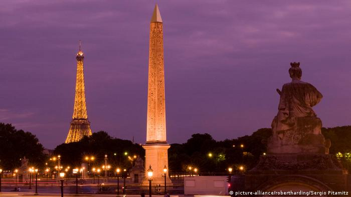 Paris Place de la Concorde (picture-alliance/robertharding/Sergio Pitamitz)