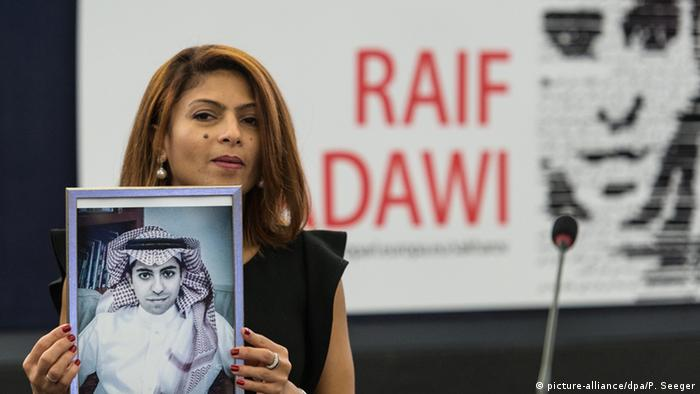 EP verleiht den Sacharow-Pres an Raif Badawi Ensaf Haidar