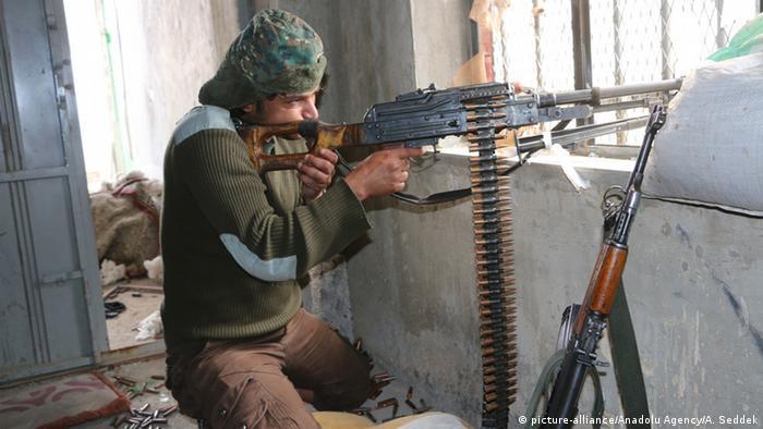 Im Jemen Kämpfe in Taiz (foto: picture-alliance/Anadolu Agency)