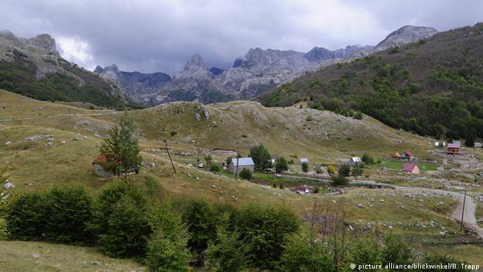 Panorama Kosovo (picture alliance/blickwinkel/B. Trapp)