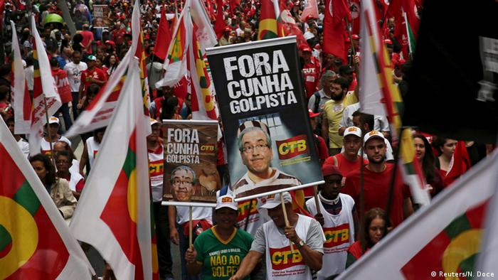 Brazilians protesters march in support of Rousseff