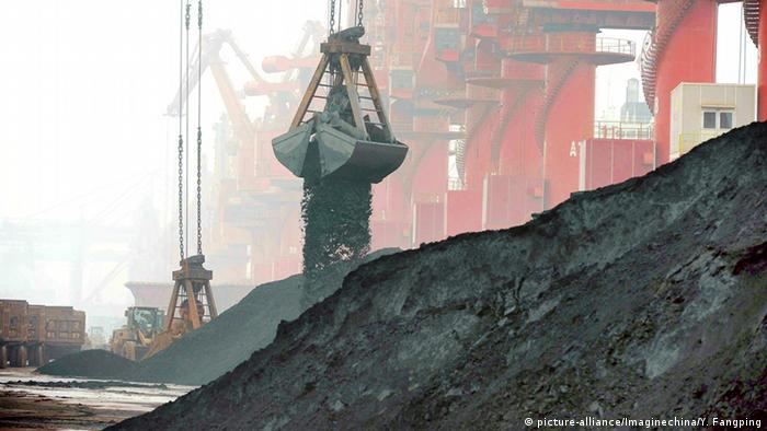 China Verladung von Eisenerz Hafen Rizhao