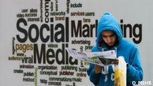 """Titel: ELECOMP Bildbeschreibung: 21. ELECOMP, """"Elektronik, Computer und elektronisches Handel"""" Messe in Teheran. Stichwörter: Iran, KW51, Internet, Sozial Media, ELECOMP, Social Medie, Quelle: MEHR Lizenz: Frei"""