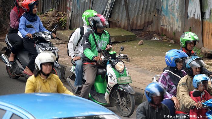 Indonesien Verkehr via Internet
