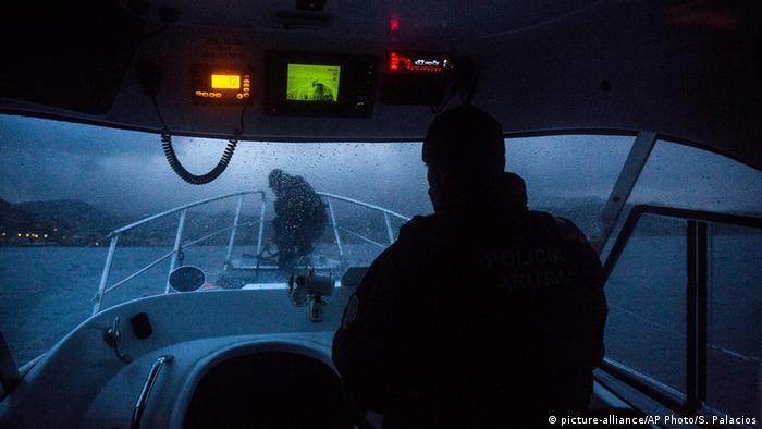 Катер Frontex поблизу грецького острова Лесбос