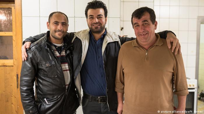 Ahmed Abd Elal, Kawa Suliman und Bassam Elshoull boten offenbar einen erstklassigen Service (Foto: dpa)