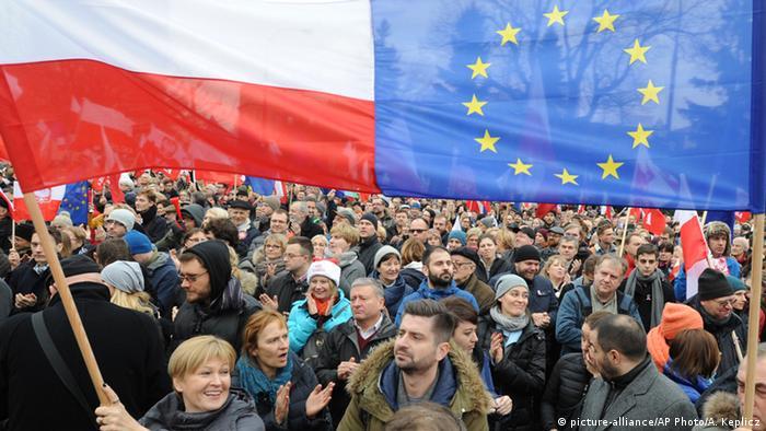 Polen Warschau Demonstration Anti-Regierung