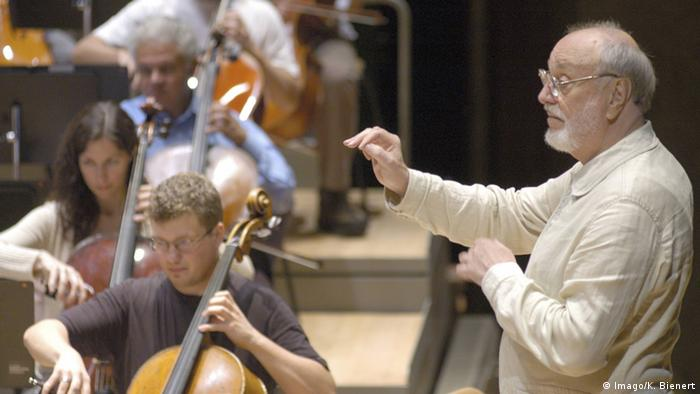 Kurt Masur working with the London Philharmonic Orchestra