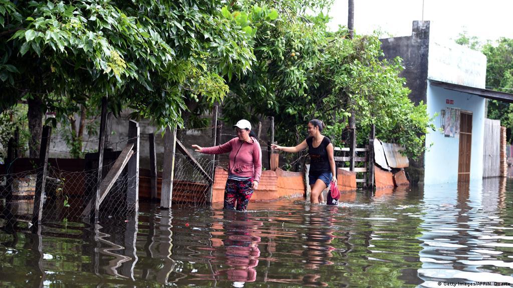 Lluvias causan estragos en Sudamérica   América Latina   DW ...