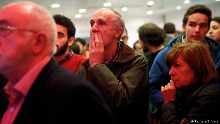 Ciudadanos-Anhänger in der Wahlnacht im Dezember - Foto: Susana Vera (Reuters)
