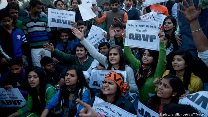 Students protesting against the release of Delhi gang rapist.