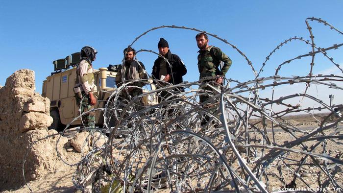 Afghanistan Kämpfe in der Prozinz Helmand (picture-alliance/dpa/W. Yar)