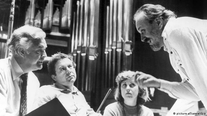 Listen: Kurt Masur conducts Beethoven′s Symphony No  5   Music   DW