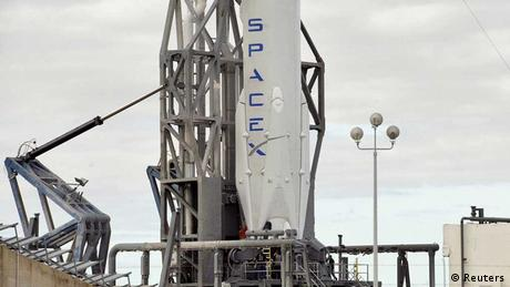SpaceX Falcon-9-Rakete vor dem Start