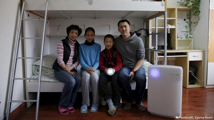 Families stay at home and monitor air pollution.
