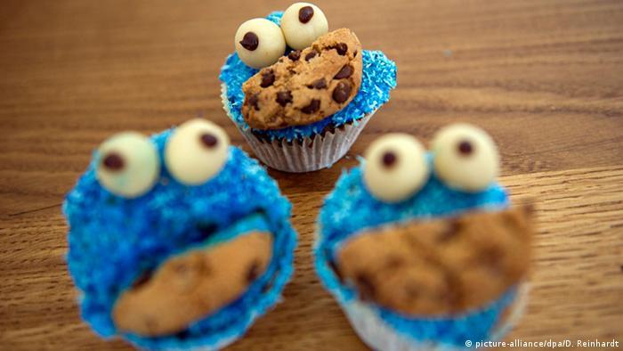Muffins in Form von Krümelmonstern