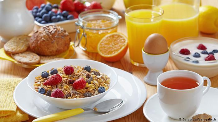 Frühstückstisch (Colourbox/zemgalietis)
