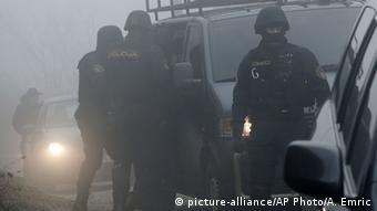Festnahme von mutmaßlichen IS-Terroristen in Sarajewo