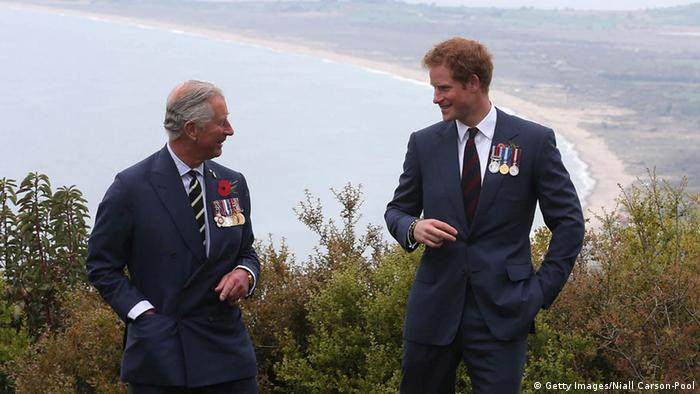 Prinz Charles und Prinz Harry (Getty Images/Niall Carson-Pool)