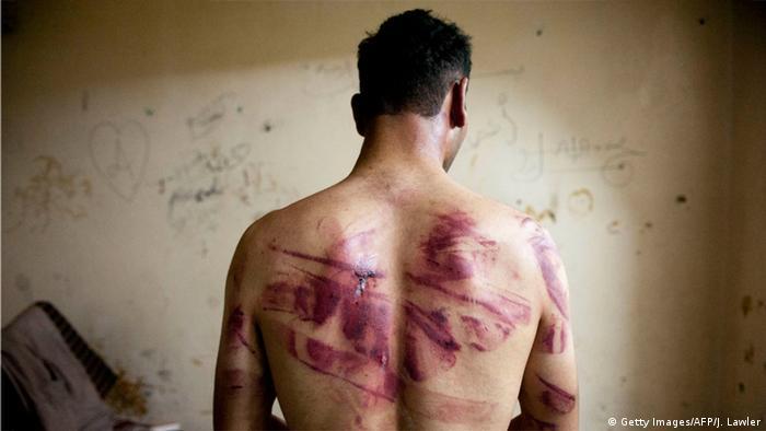 Menschenrechteverletzung in der arabischen Welt Symbolbild (Getty Images/AFP/J. Lawler)