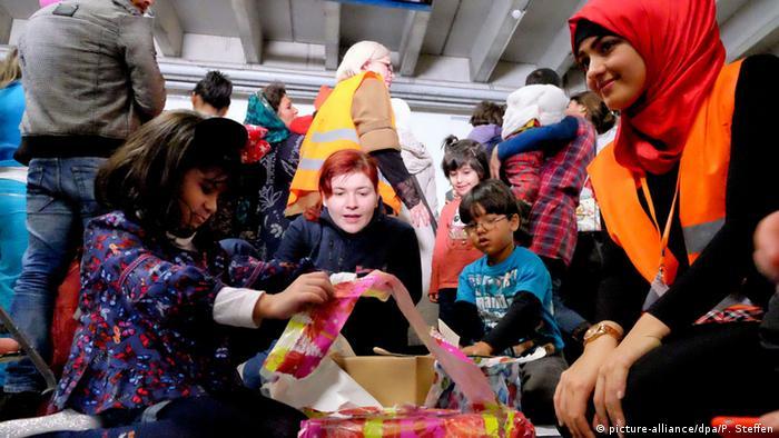Weihnachten Flüchtlings-Notunterkunft in Sarstedt