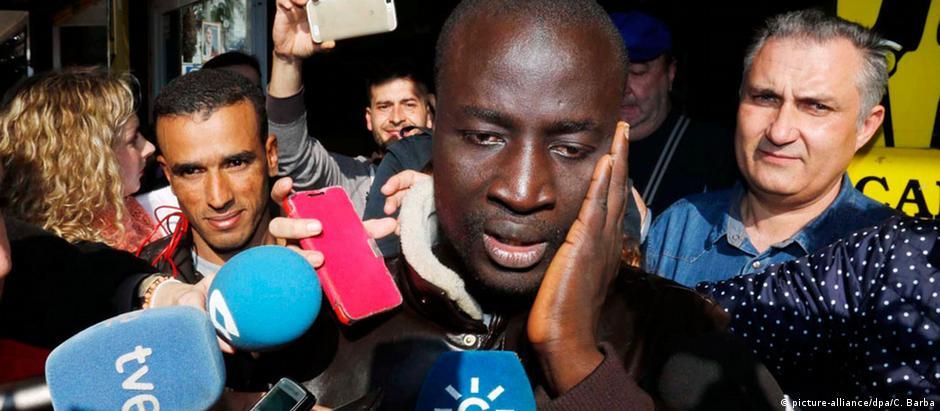 Salvo pela Guarda Costeira espanhola, senegalês fatura 400 mil euros na loteria de Natal