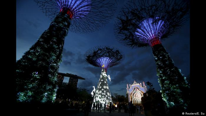 Singapur Superstrees Weihnachten