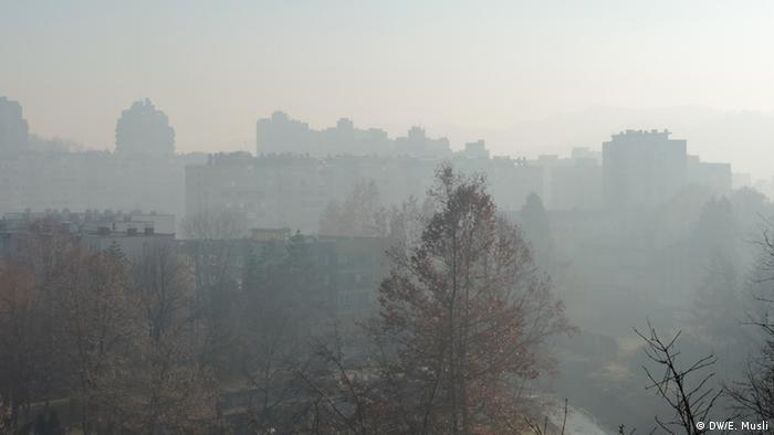 Bosnien Herzegowina Luftverschmutzung Tuzla (DW/E. Musli)