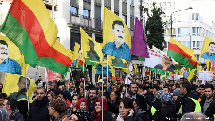 Deutschland Kurden demo Düsseldorf