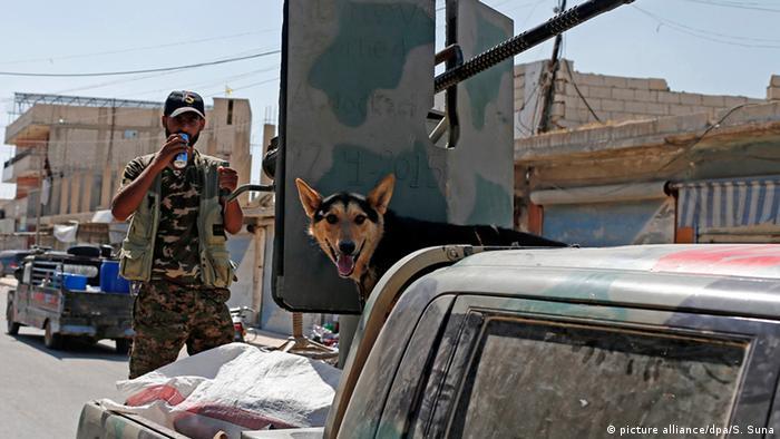 Syrien YPG Kurden Kämpfer ARCHIV