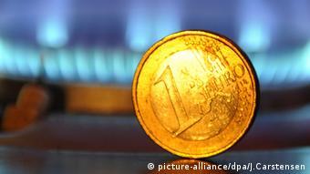 Symbolbild Münze Euro Gas Gaspreise Versorgung Heizkosten