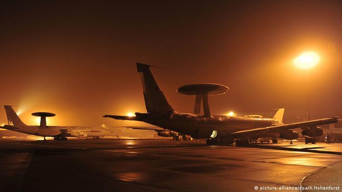 Літак-розвідник НАТО, обладнаний системою AWACS