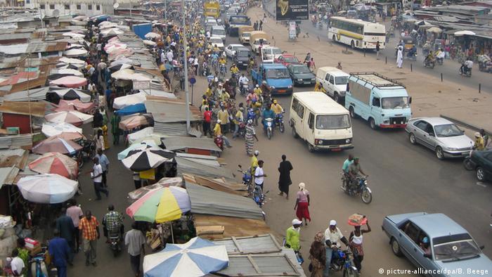 Benin Straßenverkehr in Cotonou