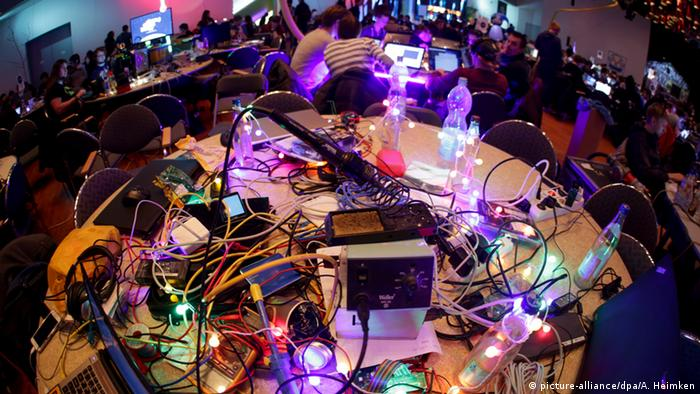Deutschland Chaos Computer Club Kongress (picture-alliance/dpa/A. Heimken)