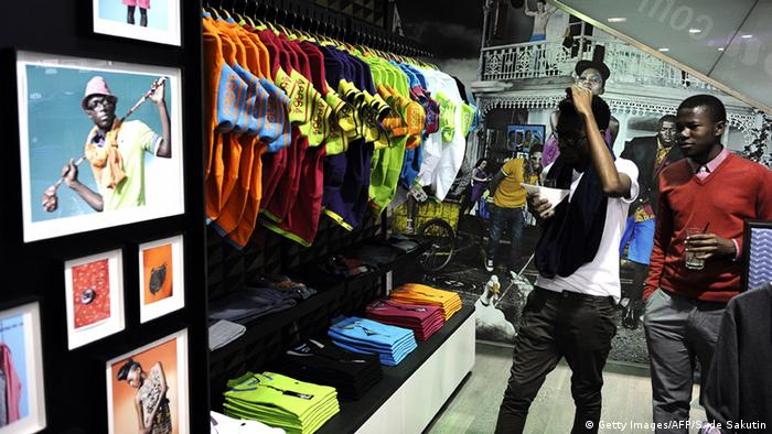 Middle class African youths buying clothes STEPHANE DE SAKUTIN/AFP/Getty Images)