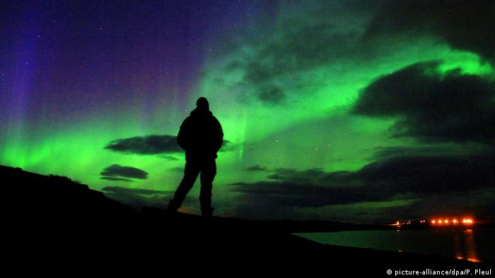 Nordnorwegen - Polarlichter über der Finnmark (picture-alliance/dpa/P. Pleul)