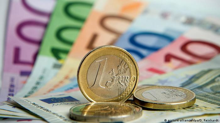 Various denominations of the Euro