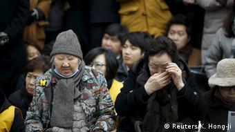 Südkorea Protest ehemaliger comfort women gegen Abkommen mit Japan (Reuters/K. Hong-Ji)