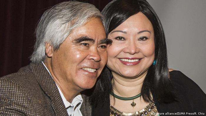 2019 Dresden Peace Prize honoree Kim Phuc und photographer Nick Ut (picture alliance/ZUMA Press/R. Chiu)
