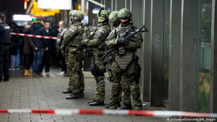 Munich reopens stations after New Year's terror threat
