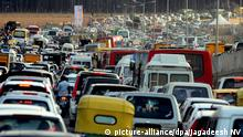Traffic congestion is seen in Bangalore, India (picture-alliance/dpa/Jagadeesh NV)