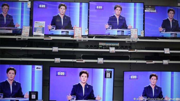 Beata Szydlo in a TV debate (picture-alliance/dpa/L. Szymanski)