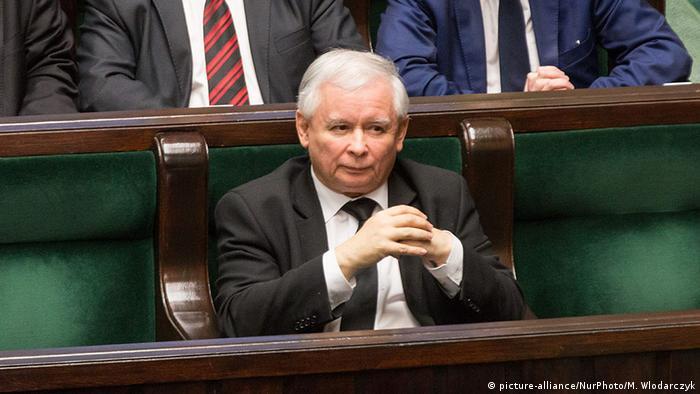 Polen Warschau Parlament Jaroslaw Kaczynski (picture-alliance/NurPhoto/M. Wlodarczyk)